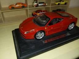 Miniatura 1:18 Ferrari 458 Itália 2010