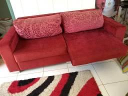 Vendo um sofá muito novo e bem conservado