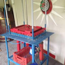 Maquina Para Fabricação De Acendedores Para Lenha E Carvão