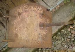 Porta de fornalha (57cm x 54cm)