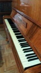 Piano marca Meister