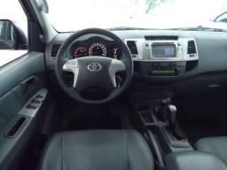 Hilux SRV 2012/2012 - Carro diferenciado - 2012
