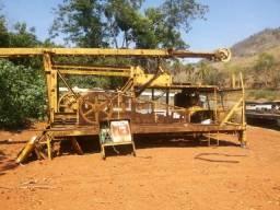 Máquina para furar poço