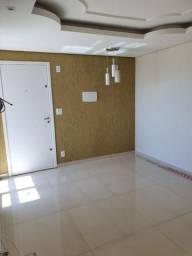Alugo apartamento de 2 Quartos