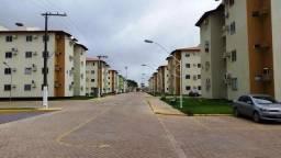 Apartamento 03 dormitórios em condomínio Fechado