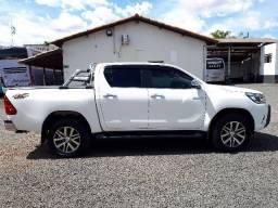 Toyota Hilux SRX 4X4 Diesel Automática Branca - 2017