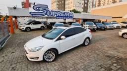 Ford Focus Sedan TITANIUM COM TETO SOLAR 4P
