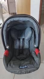 Vendo bebê conforto semi-novo