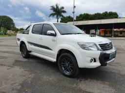Hilux limeted edition - 2015