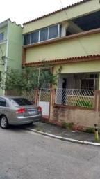 Excelente casa Bento Ribeiro