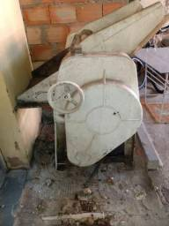 Cilindro de Padaria s/ motor e Ralador Industrial precisa reparo