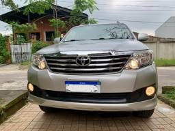 Toyota Hilux sw4 sr flex 2015