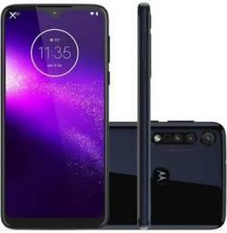 Vendo celular Motorola One Macro 64 GB