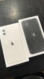 iPhone 11 lacrado 64GB ? aceitamos seu iPhone na entrada !