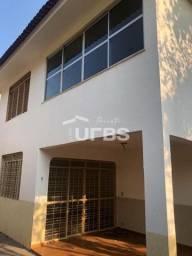 Sobrado 3 quartos à venda, 212 m² por R$ 599.000,00 - Setor Jaó