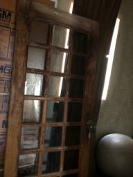 Porta de sucupira toda de vidro fume