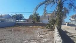 Excelente terreno a venda na praia da Pinheira! Há 1 minuto de caminhada da praia!