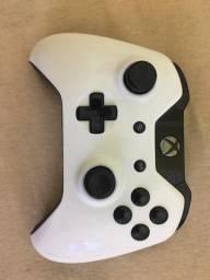 Controle Xbox One com Paddles botões A e B