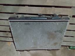 Radiador L200 4meses de uso