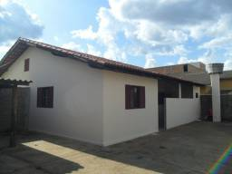 Casa de 2 quartos no Itaguaí próximo ao Fórum (Caldas Novas)
