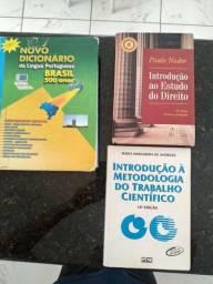 Livros e dicionário grátis
