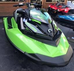 Vendo esse jet ski Seadoo- Jet Ski Rxp 300