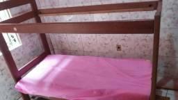 Alugo quarto alvenaria simples mais todo lajotado semi mobiliado