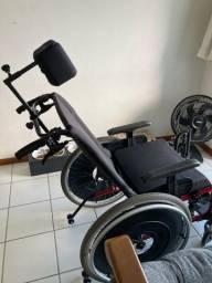 Vendo cadeira rodas apoio cabeça