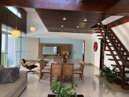 Casa em condomínio- Bosque das Gameleiras- 250m² de área- 3suítes- Altiplano