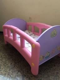 Berço, baby Alive , cadeira de refeição da Frozen e banheira , bebê conforto para bonecas
