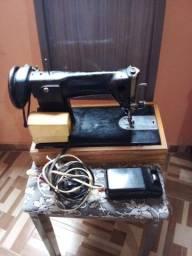 Máquina de Costura Semi-industrial