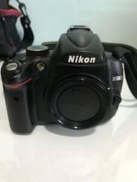 Título do anúncio: Câmera Nikon D5000