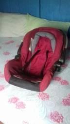 Bebê conforto /cadeirinha de carro