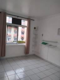 Alugo Apartamento cd Espaço Verde com 2 quartos