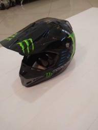 Título do anúncio: capacete motorcross  so 200 reais