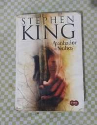 """Livro """"O apanhador de sonhos"""""""