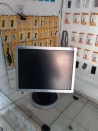 Monitor Samsung  15 polegadas  100%   R$ 60