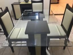 Mesa de Jantar 4 lugares, 1 buffet e 1 espelho