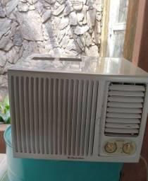 Título do anúncio: Ar condicionado Electrolux 7500