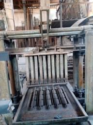 Máquina de bloquo manual