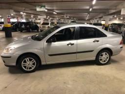 Título do anúncio: focus sedan Glx 1.6 Rocan