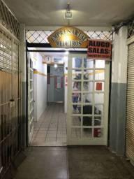 Lojas ao lado dos Correios no centro, na Boa Vista, Rua da Soledade e Derby