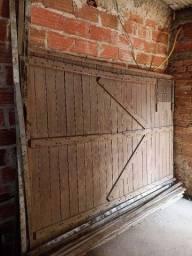Título do anúncio: Portao garagem madeira de lei