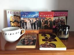 Kit Série Friends DVDs Canecas Livros