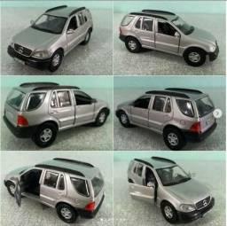 Mercedes Miniatura