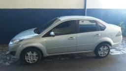 Alugo Fiesta Sedan - 2012