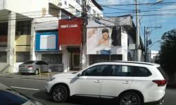 LOJA frente rua Carlos Gomes