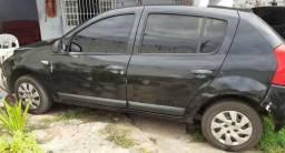 Vendo Renault Sandero ano 2011/2012. Único dono. - 2012