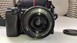 Camera Sony A6000 novíssima