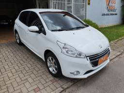 Peugeot / 208 1.5 Active Pack 2016